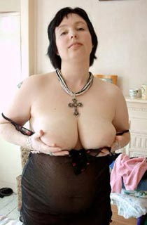Janie H - Janie is a busty Yorkshire lass with curves in all the right places. Dont miss her
