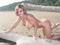 Corina Curves - Log Play
