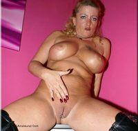 Pink Room and Black Leath