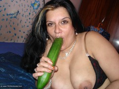 Aisha - Vegetable Fun Part 2 Gallery