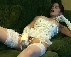 Nickis Nylons - Pearlescence 2 Video
