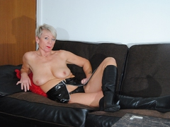 Leathettes - Horny shaz in PVC outfit Gallery