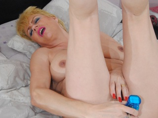 DivineMilfs - Mature Dimonty gets naked wit